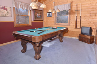 Pigeon Forge Cabin Rental Gameroom