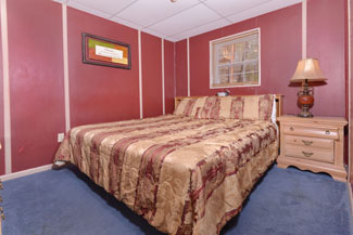 LowerLevelBedroomCabinRental