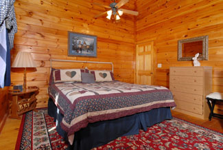 Pigeon Forge Four Bedroom Cabin Rental that is convenoent to the main parkway