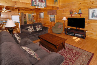 Pigeon Forge Four Bedroom Cabin Featuring Gas Firplace-Flat Screen TV
