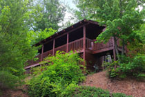 Pigeon Forge Two Bedroom Cabin Rental Convenient to the Pigeon Forge Parkway