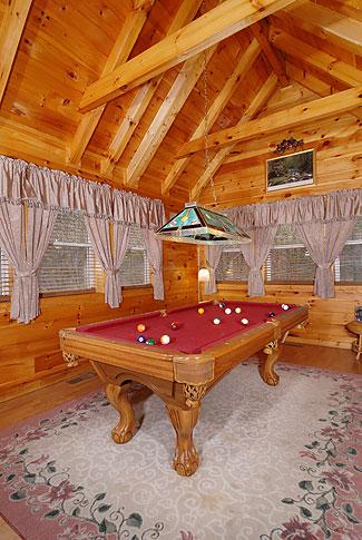 Hidden Magic 1 Bedroom Log Cabin In Pigeon Forge