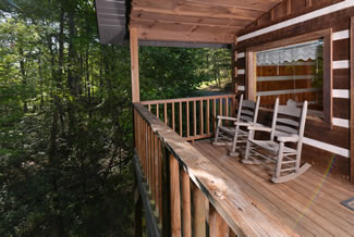 Pigeon Forge Cabin Rental Outdoor Porch with Rockers
