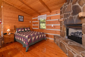 Pigeon Forge Secluded Cabin Rental Bedroom