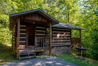 Pigeon forge studio one bedroom cabin rental secluded for Private secluded cabins in pigeon forge
