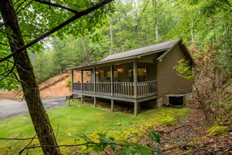 Pigeon Forge Two Bedroom Cabin Rental Hot Tub Lake View and Lake Access