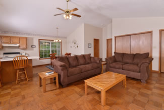 Pigeon Forge Cabin Rental that features a large livingroom area