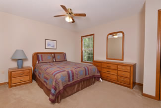 Cabin Rental Master Suite