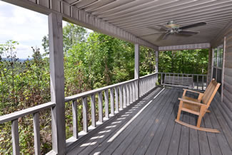 Pigeon Forge Cabin Rental that features an outdoor area