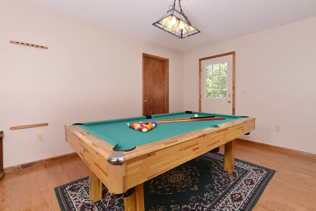 Pigeon Forge Two Bedroom Secluded Cabin Rental Pool Table