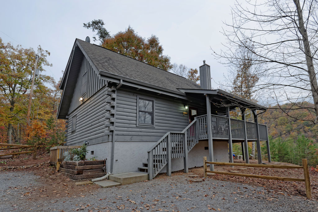 Fireside Chalet And Cabin Rentals Tennessee Pigeon Forge Two Bedroom Swimming Pool Access Cabins