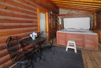 Pigeon Forge Secluded Vacation Rental Hot Tub