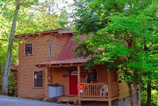 Pigeon FOrge Two Bedroom Vacation Cabin rental with Internet Access