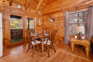Gatlinburg Two Bedroom Cabin Rental Dining Room