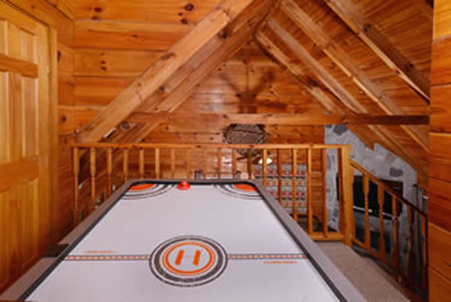 Tennessee Vacation Cabin Rental Air Hockey Table