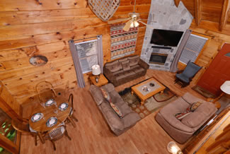 Tennessee Vacation Cabin Rental Upper Level Loft Area