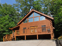 Pigeon Forge 2 bedroom Non Smoking Secluded Vacation Rental