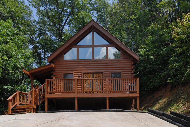Fireside chalets and cabins pigeon forge tennessee smoky for Grandview lofted barn cabin