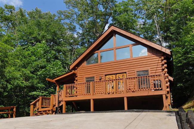 Emerald S Ridge Shagbark 98 Log Cabin With Hot Tub And