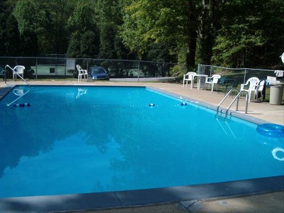 Pigeon Forge Shagbark Area Association with Seasonal Outdoor Swimming Pool Access