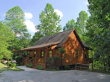 Private Tennessee One Bedroom Pigeon Forge Lake  Cabin Rental