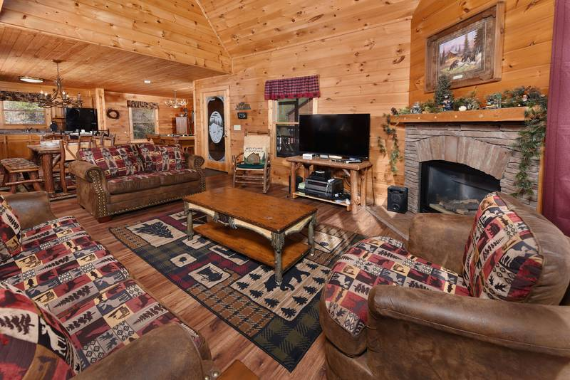 color in bedroom black bear lodge pine mountain 220 two bedroom plus loft 11156 | 11156