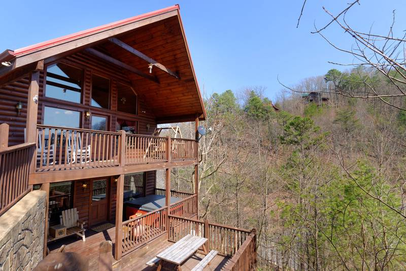 Pigeon Forge Secluded One Bedroom Cabin Rental Mountain View ...