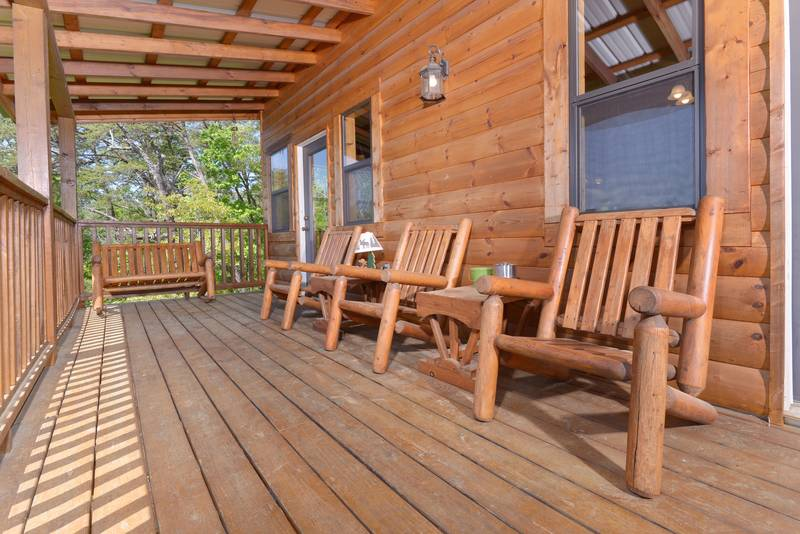 Pigeon Forge Cabin Relaxing Getaway Deck overlooking Mountain View