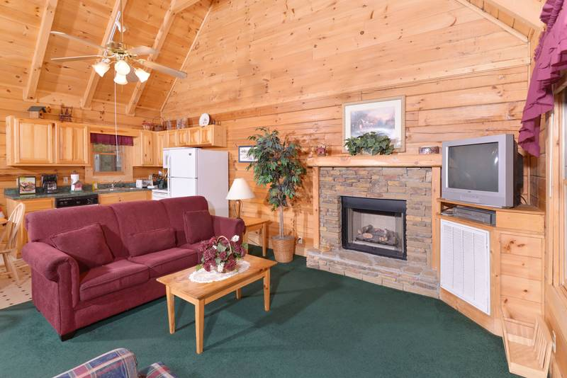 forge cabin near gatlinburg and pigeon forge featuring two bedrooms