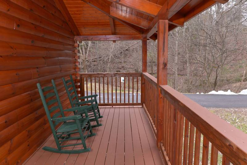Tennessee Little Pigeon River One Bedroom Cabin Rental Outdoor Seating Area