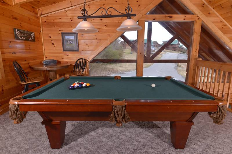 One bedroom cabin with loft game room