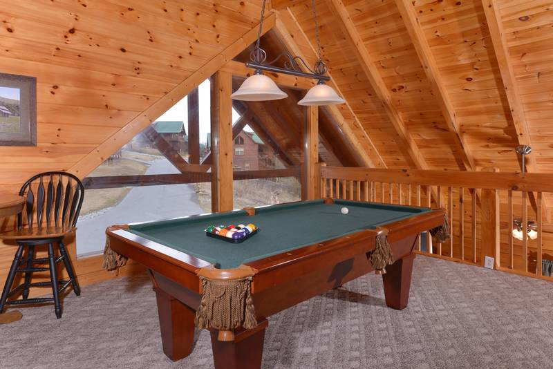 Pooltable Loft gameroom