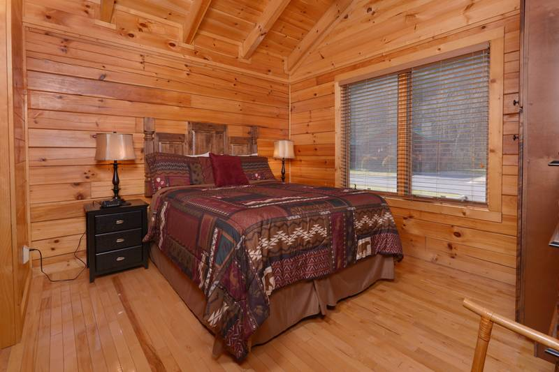 Pigeon Forge Two Bedroom Cabin Rental Queen Size Bed
