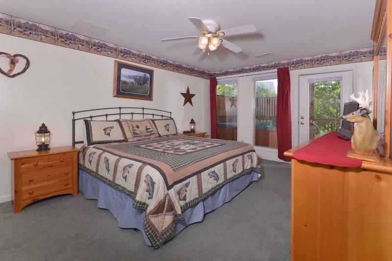 Under The Stars Stonhenge 4 Bedroom Chalet Rental