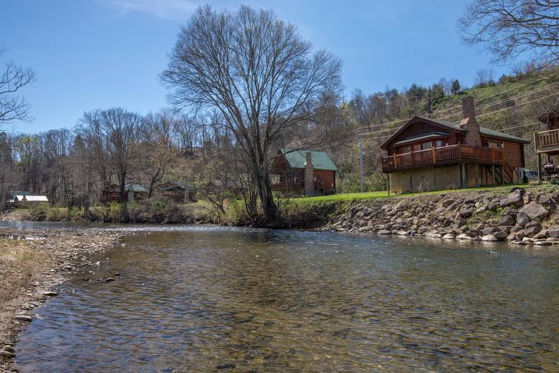 Pigeon Forge Two Bedroom Cabin Rental Directly on the Little Pigeon River