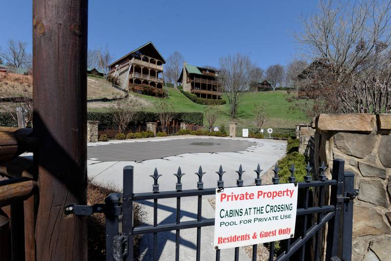 A touch above 5 bedroom log cabin rental swimming pool for Gatlinburg cabins with fishing access