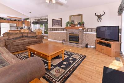 Pigeon Forge Living Room Area